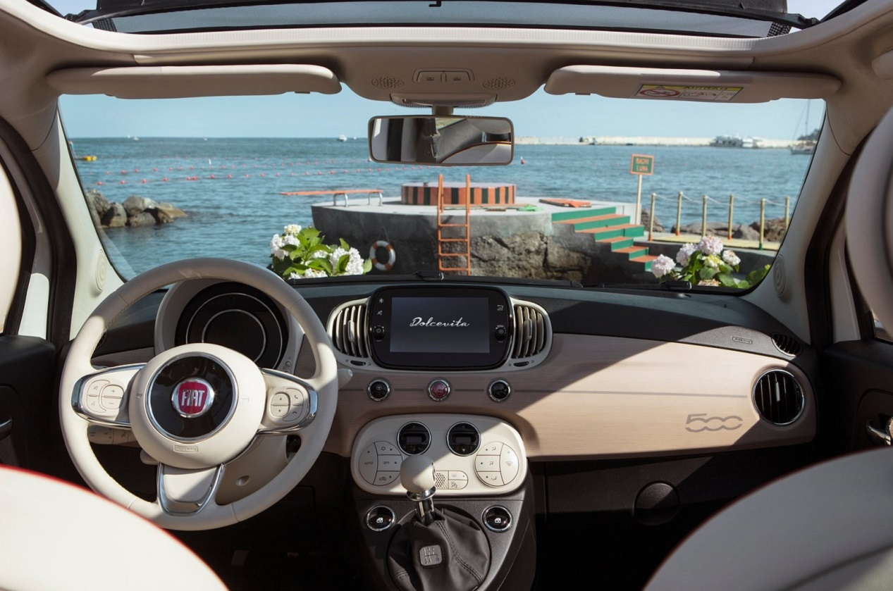 Fiat 500 Dolce Vita intérieur
