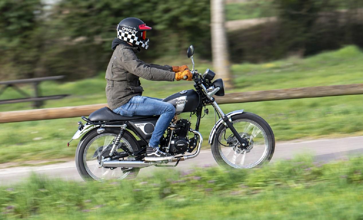 Moto de la marque française Mash Fifty 50cc
