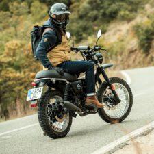 Brixton présente la Felsberg 125 XC, une moto très rétro à 2 999 euros
